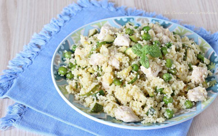 Cous cous con zucchine, piselli e pollo