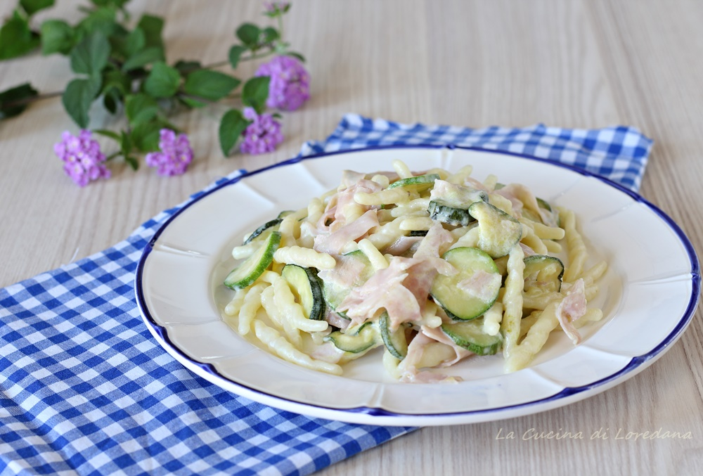 trofie con zucchine e prosciutto