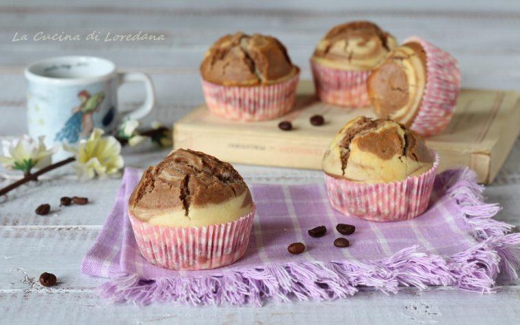 Muffin variegati al cappuccino
