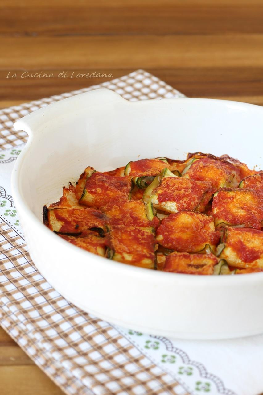 rotolini di zucchine al pomodoro
