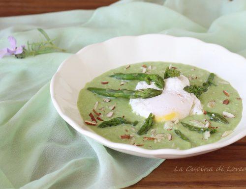 Crema di asparagi con uova