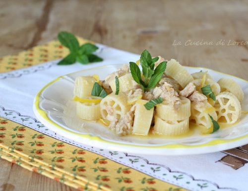 Pasta con tonno e limone