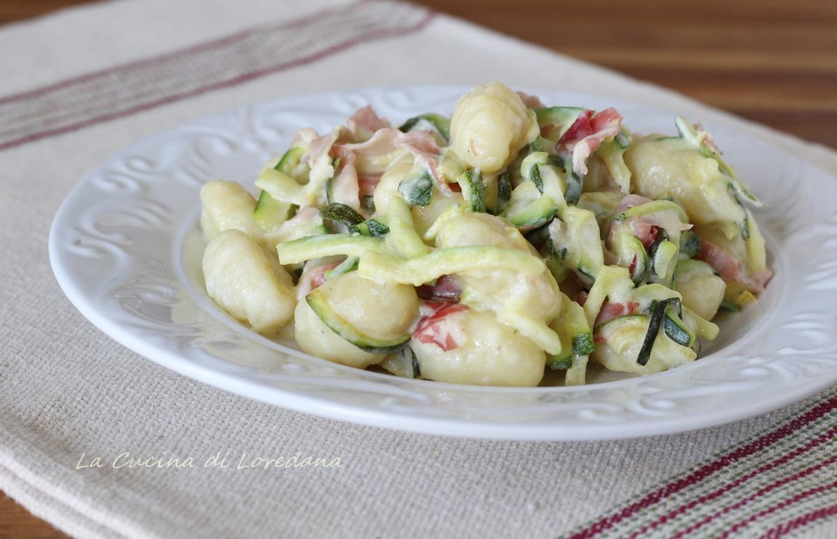 Ricette Con Gnocchi E Speck.Gnocchi Con Zucchine E Speck Un Piatto Cremoso E Squisito