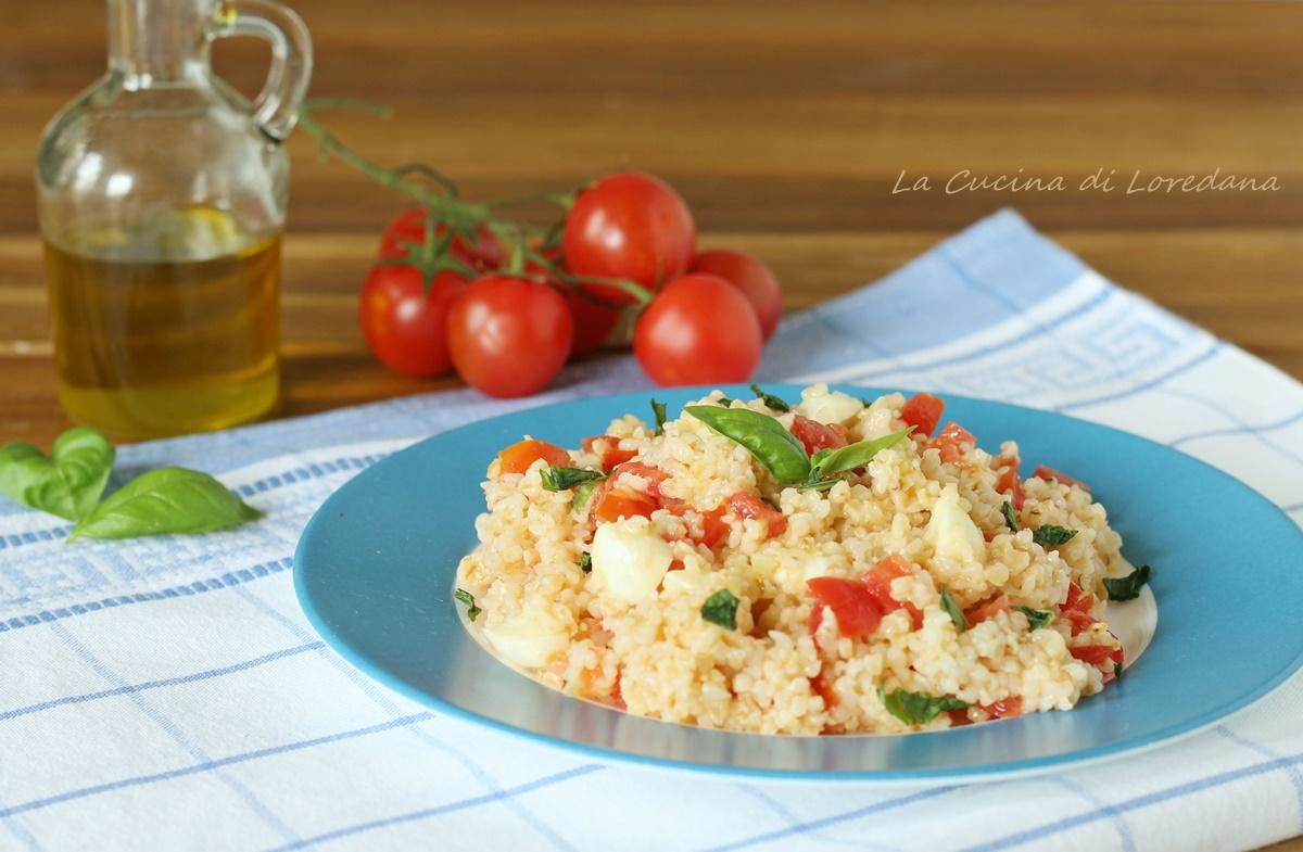 insalata di bulgur con pomodori