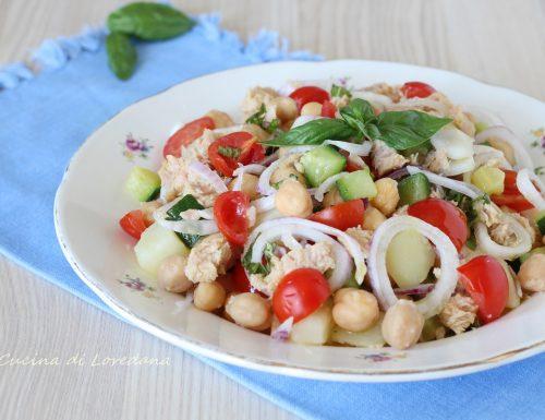 Insalata di ceci con patate e zucchine