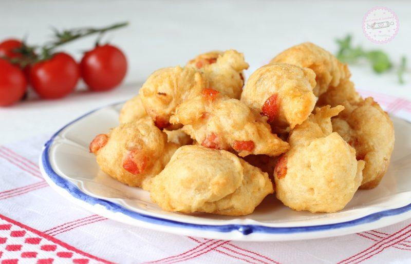 frittelle con pomodorini