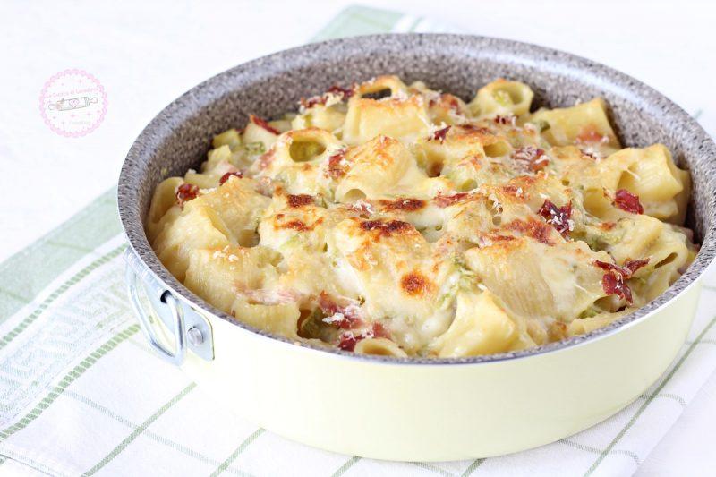 pasta al forno con zucchine e speck