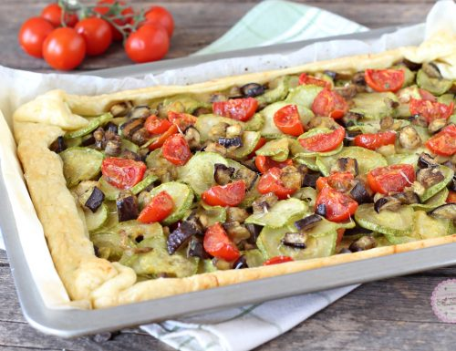 Torta salata con zucchine e melanzane