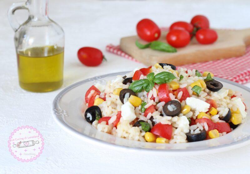 insalata di riso con pomodorini
