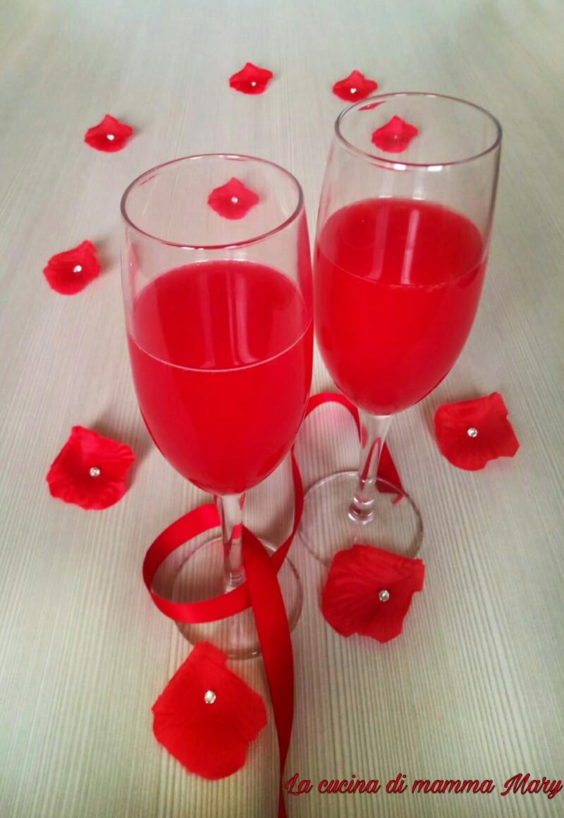 Cocktail analcolico all'arancia rossa