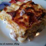 Lasagna con salsiccia e funghi champignon