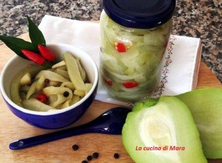 Zucchine spinose sott'aceto a crudo