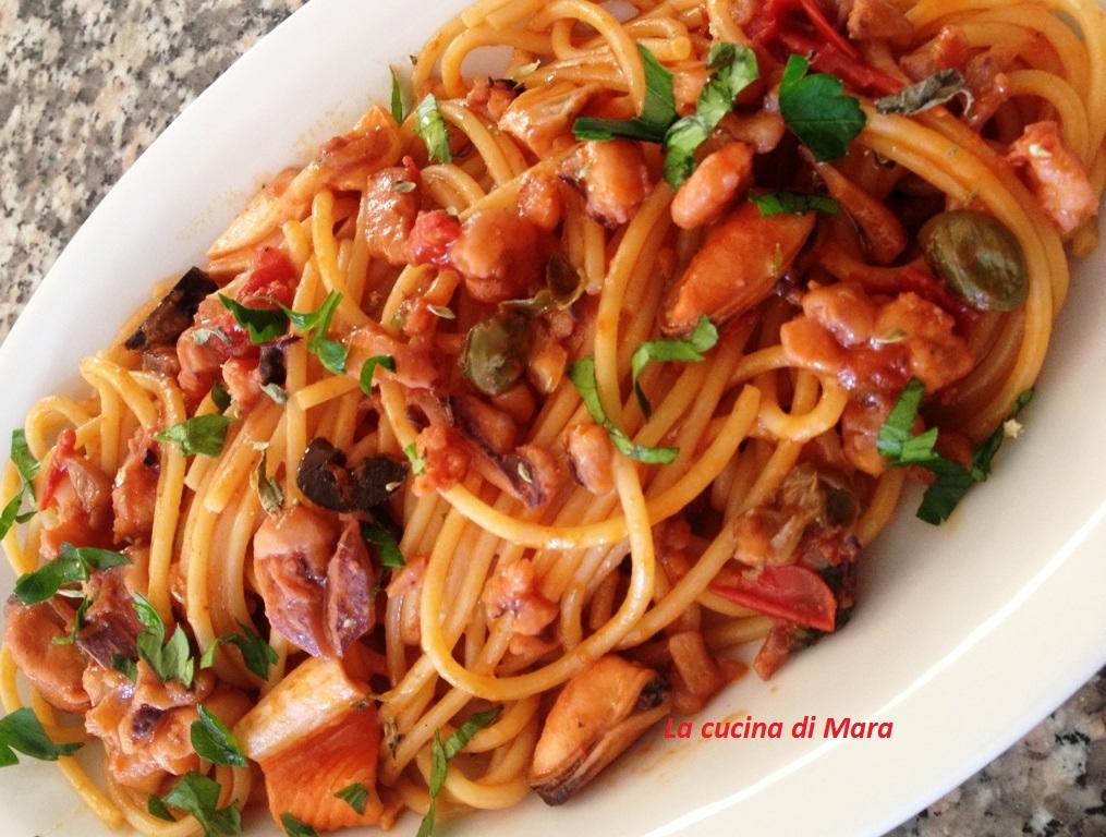 Spaghetti con frutti di mare alla mediterranea | La cucina di Mara
