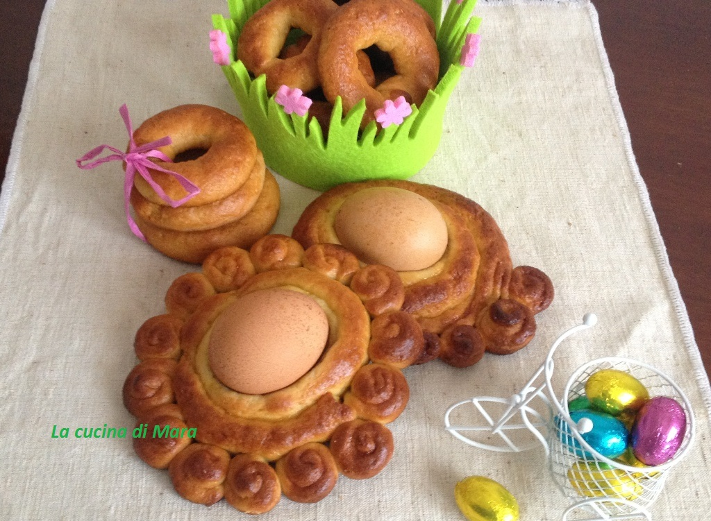 Sgute e viscottina dolci calabresi di Pasqua