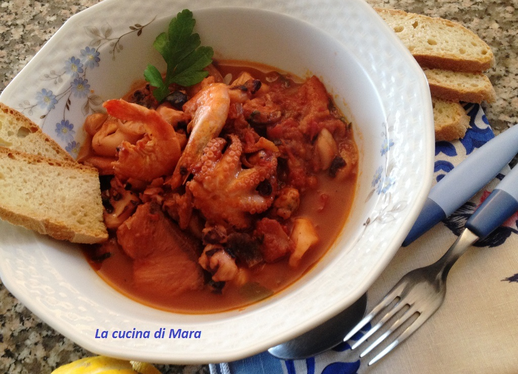 Zuppa di pesce facile e saporita