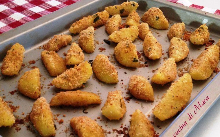 Patate sabbiate al forno: croccanti fuori, morbide dentro