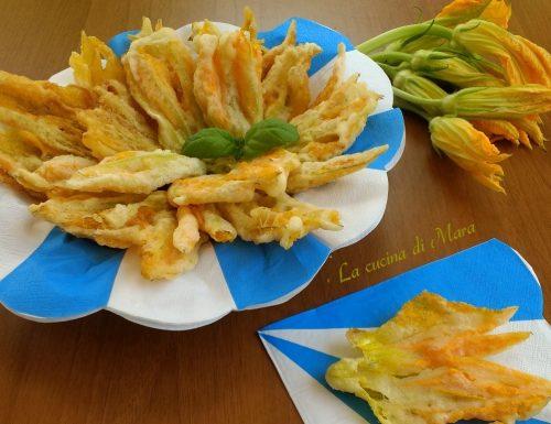 Fiori di zucca in pastella fritti croccanti