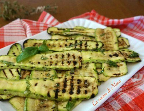 Zucchine grigliate per antipasto e infinite preparazioni
