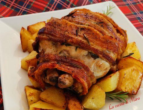 Pollo arrosto con pancetta e patate