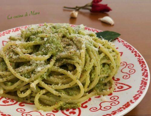 Pasta ammollicata con broccoli e peperoncino