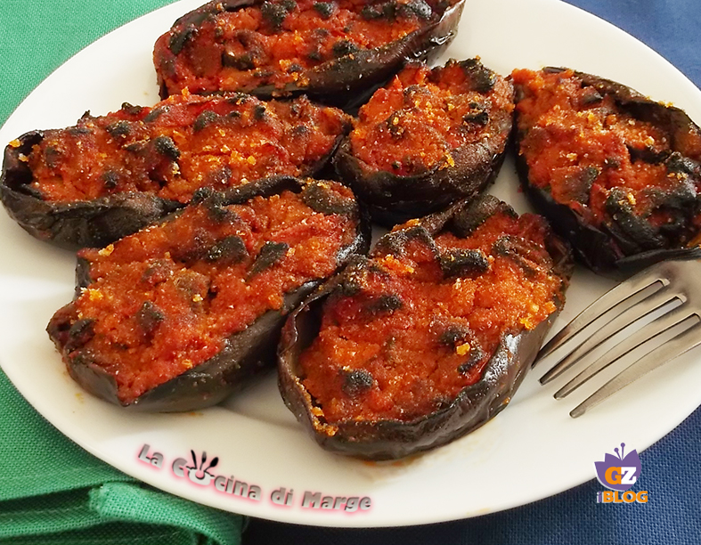 Ricetta Melanzane Vegetariana.Melanzane Ripiene Ricetta Vegetariana La Cucina Di Marge