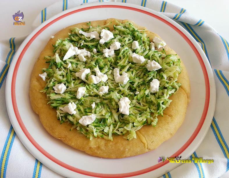 Pizza con zucchine e robiola la cucina di marge for Pizza con planetaria