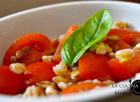 Insalata di farro e pomodori