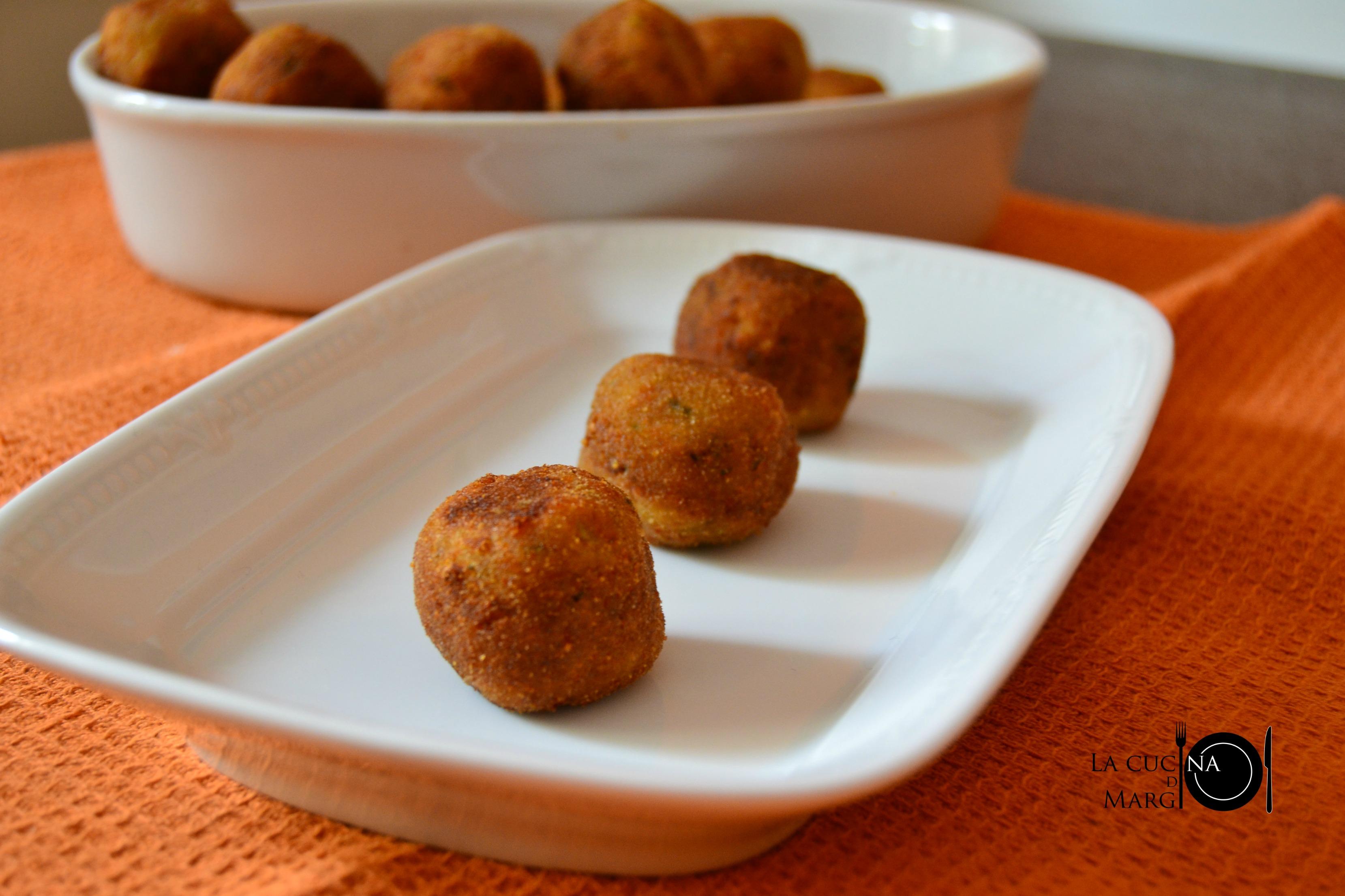Polpette di patate e zucchine   09   LOGO   DSC_0040