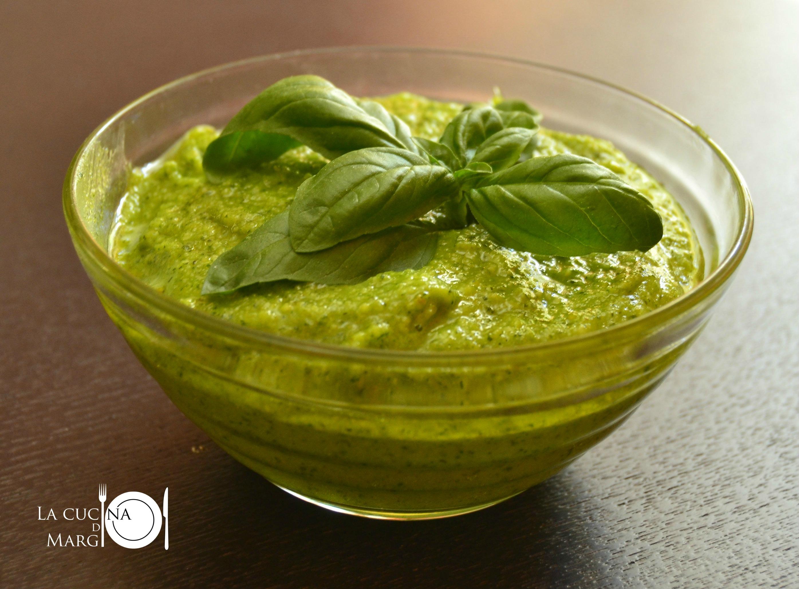 Ricetta Pesto Genovese Bimby.Pesto Alla Genovese 02 Ritagliata Logo Dsc 2204 La Cucina Di Margi