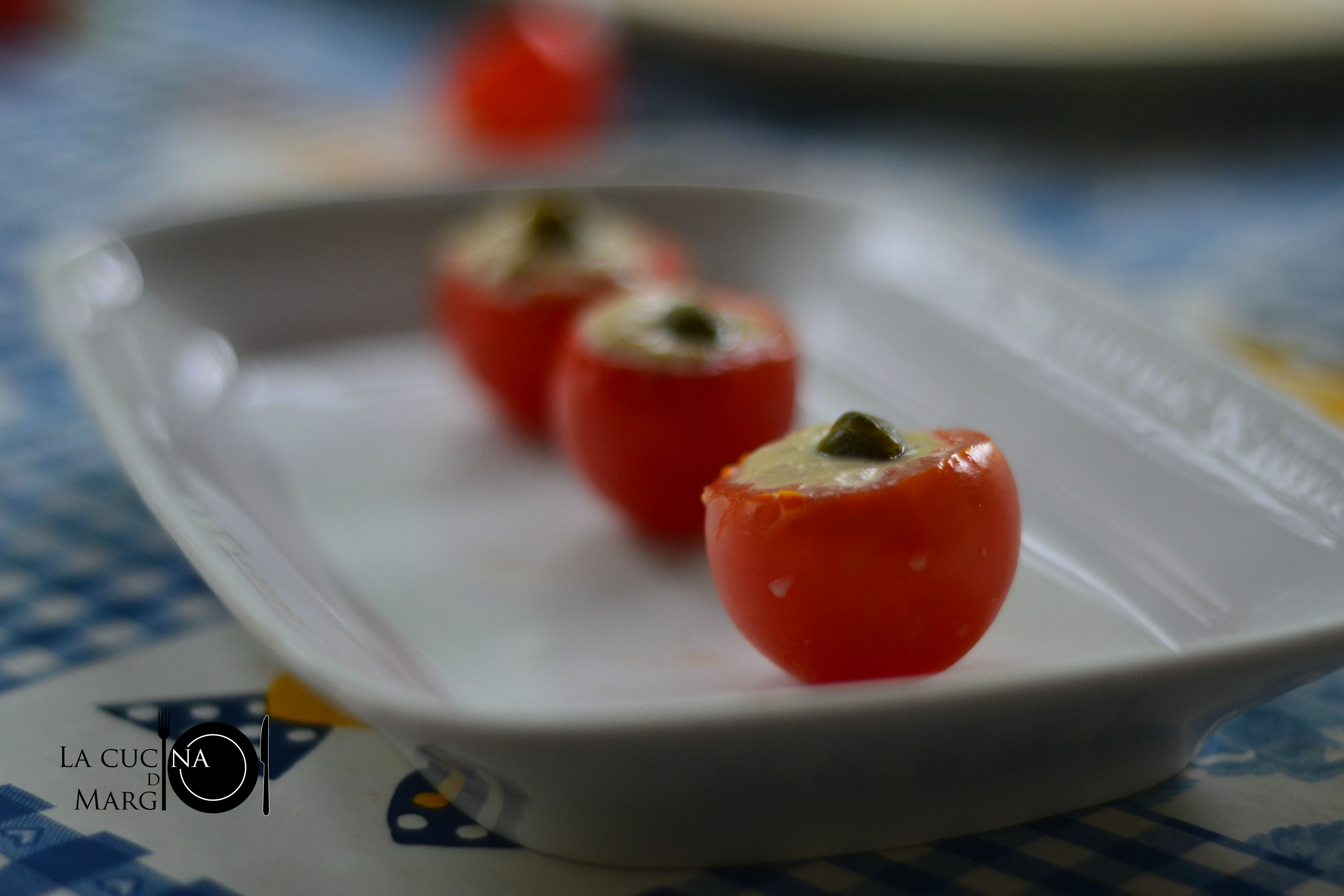 Pomodorini ripieni