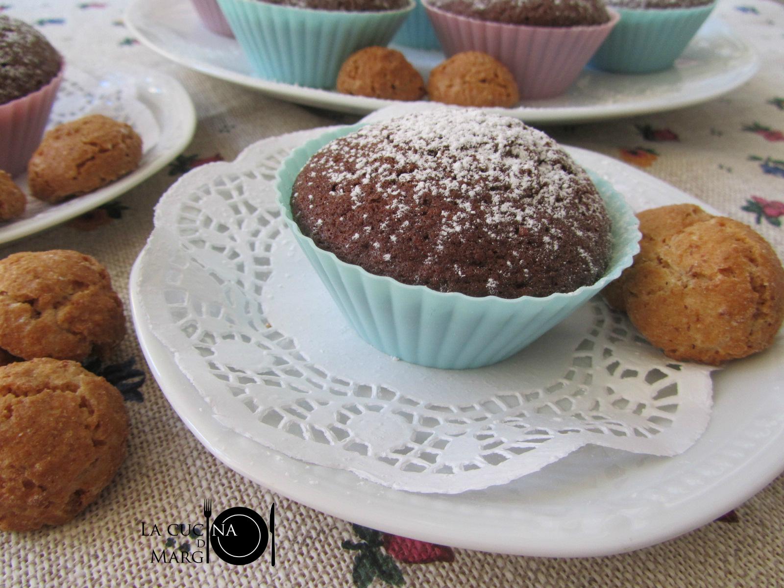 Muffin amaretti e cioccolato