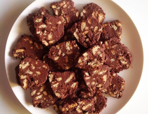 Salame di cioccolato senza burro né uova