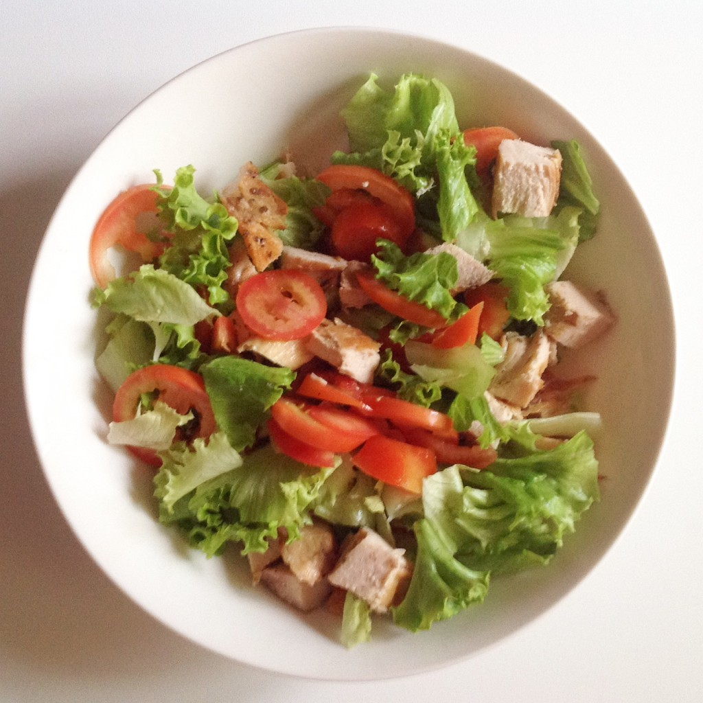 Insalata di pollo con salsa light