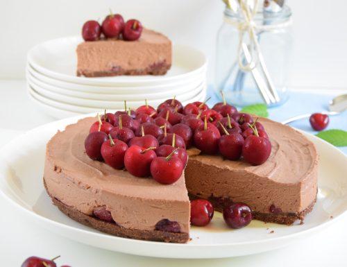 Mousse cake al cioccolato e ciliegie