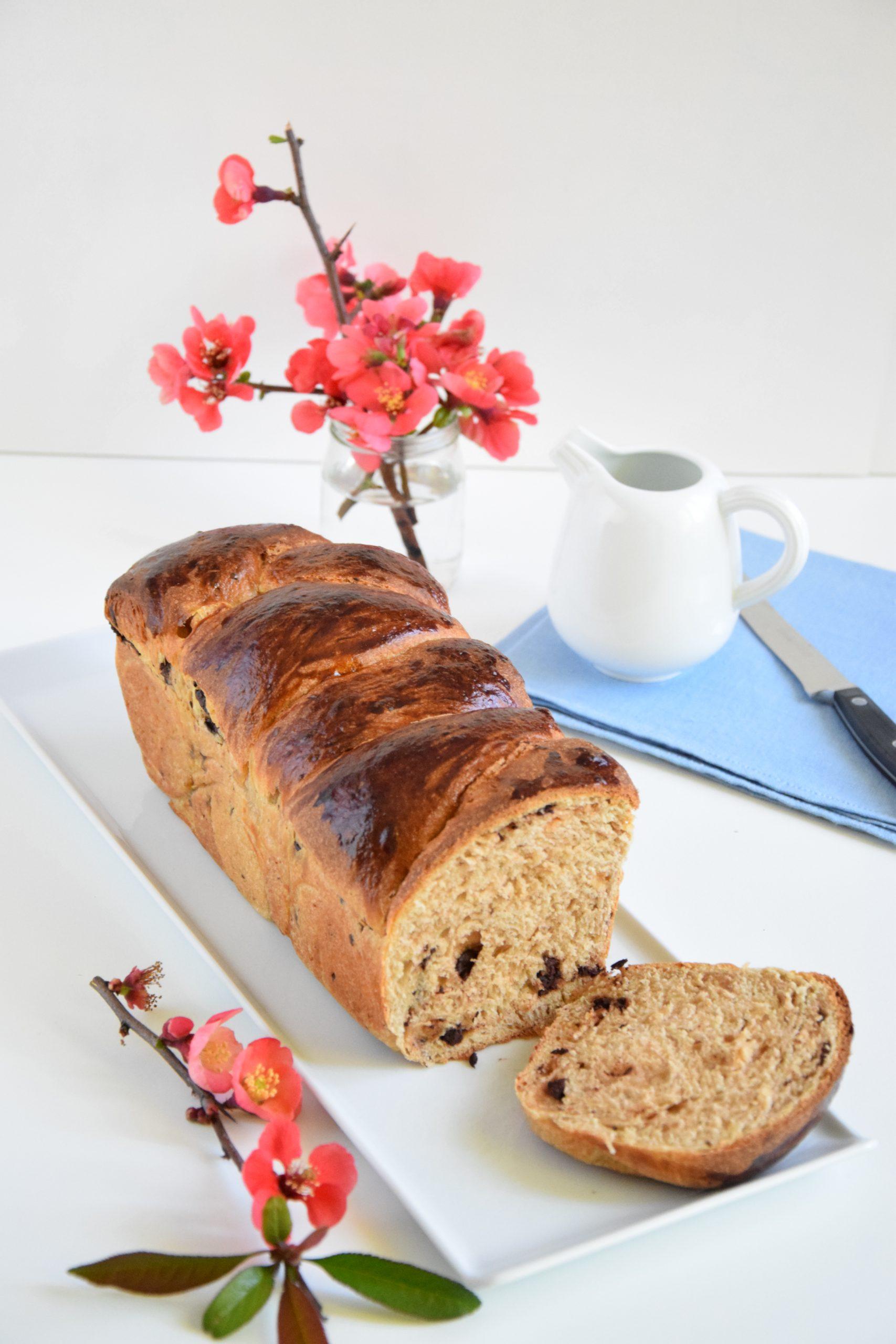 Pan brioche pere e cioccolato con lievito madre