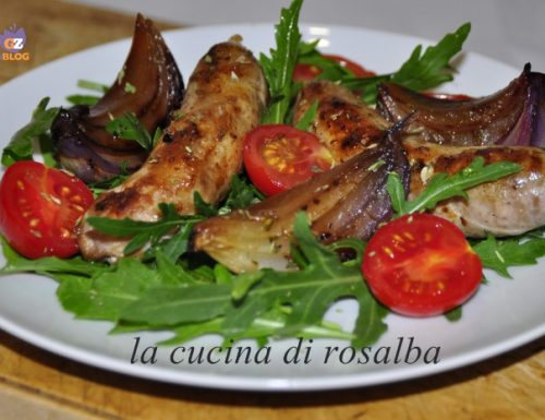 insalata rucola salsiccia cipolle