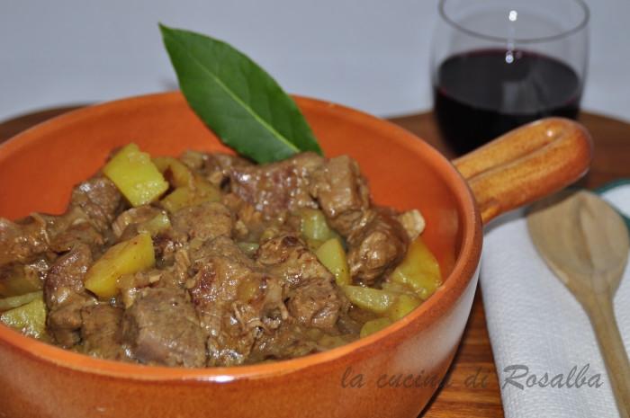 spezzatino di vitello con patate | ricetta la cucina di rosalba