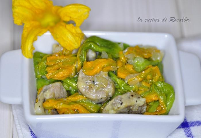 fiori di zucca stufati con salsiccia | ricetta la cucina di rosalba