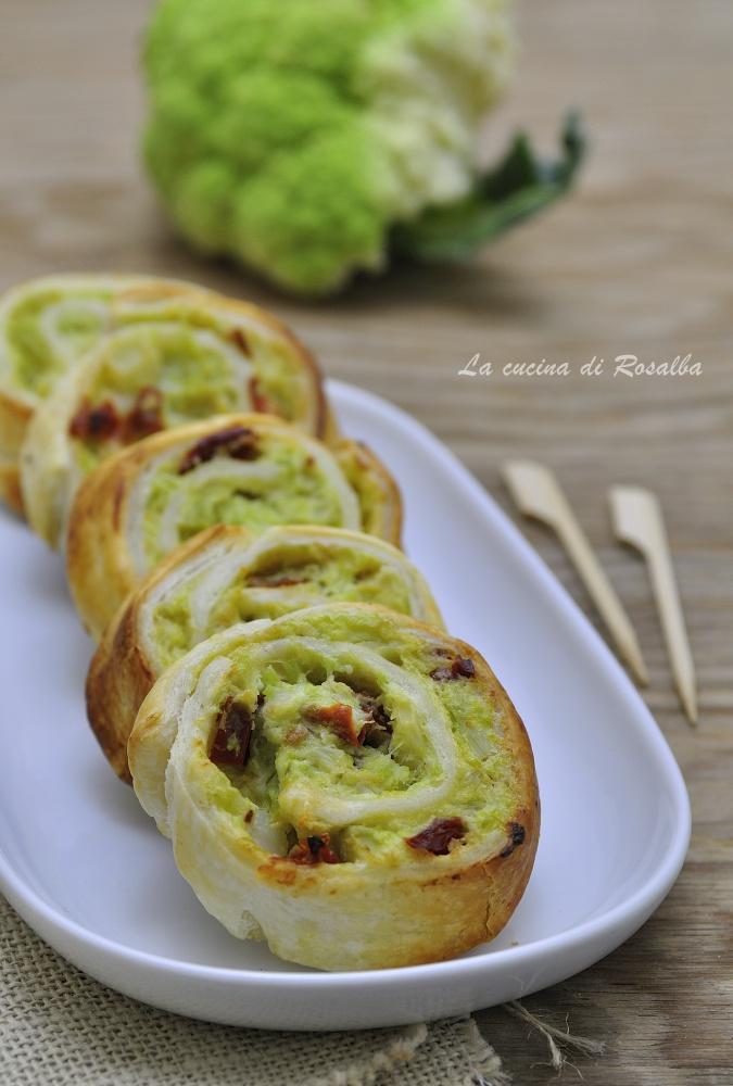 girelle di sfoglia con broccoli e pomodori secchi