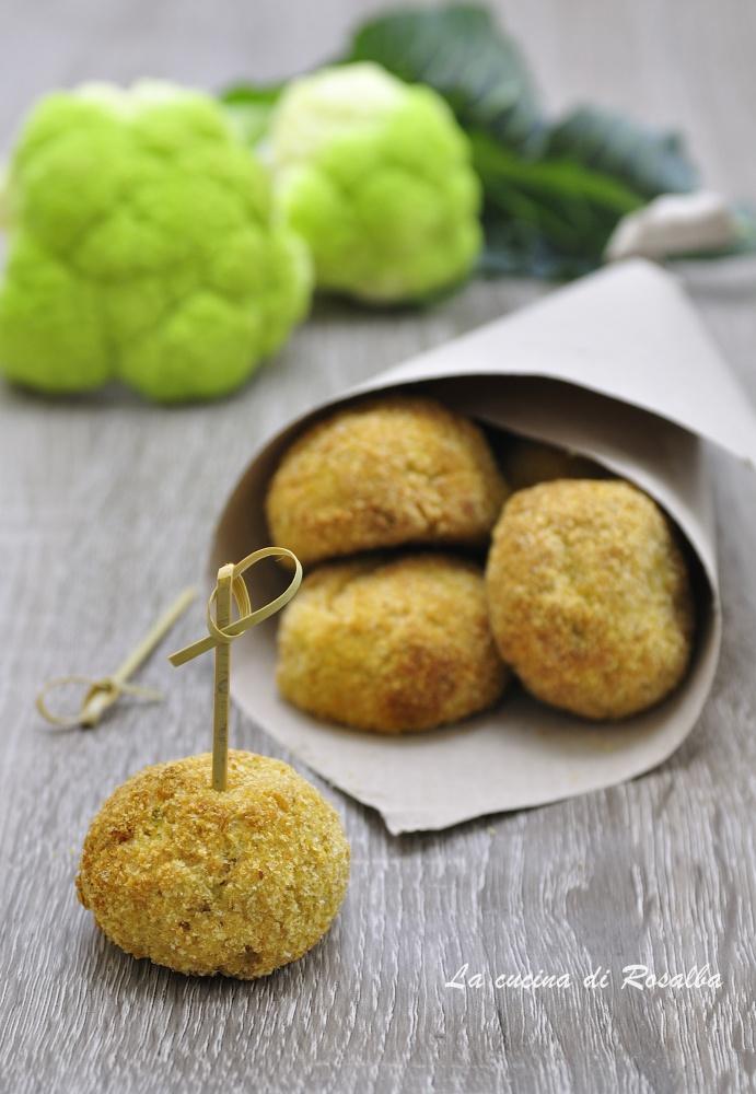 polpette di broccoli e ricotta - finger food