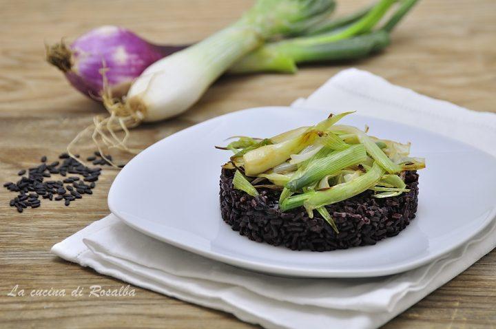 riso venere con cipollotti - ricetta primo piatto
