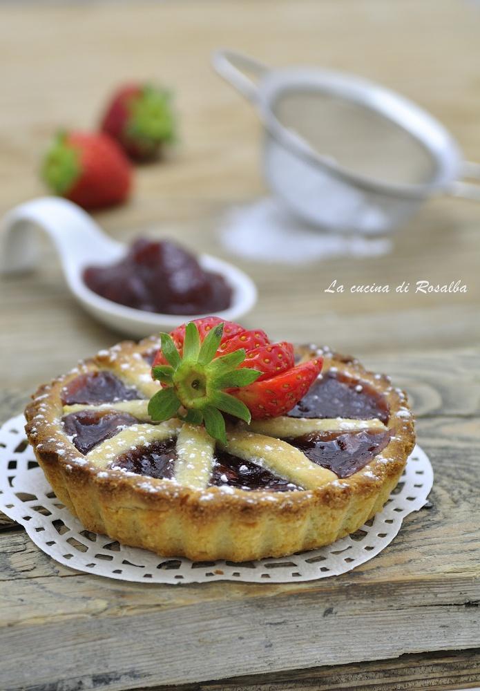crostatine con marmellata di fragole