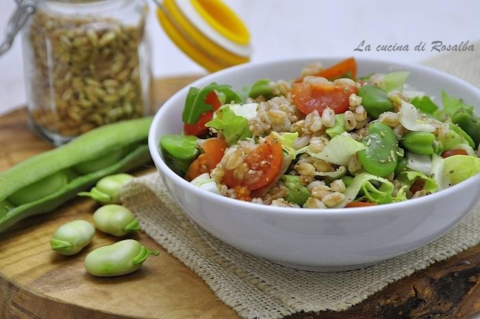 insalata di farro perlato con verdure - ricette con le fave