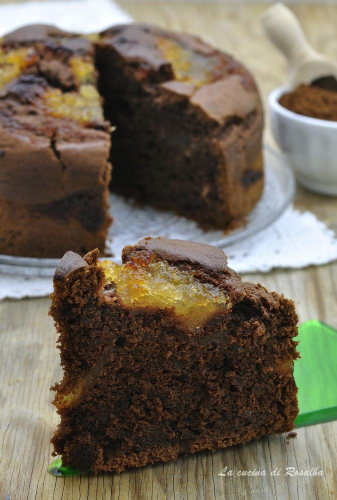 torta al cacao e confettura di pere