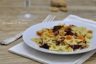 pasta con zucca radicchio e noci - raccolta di ricette con la zucca