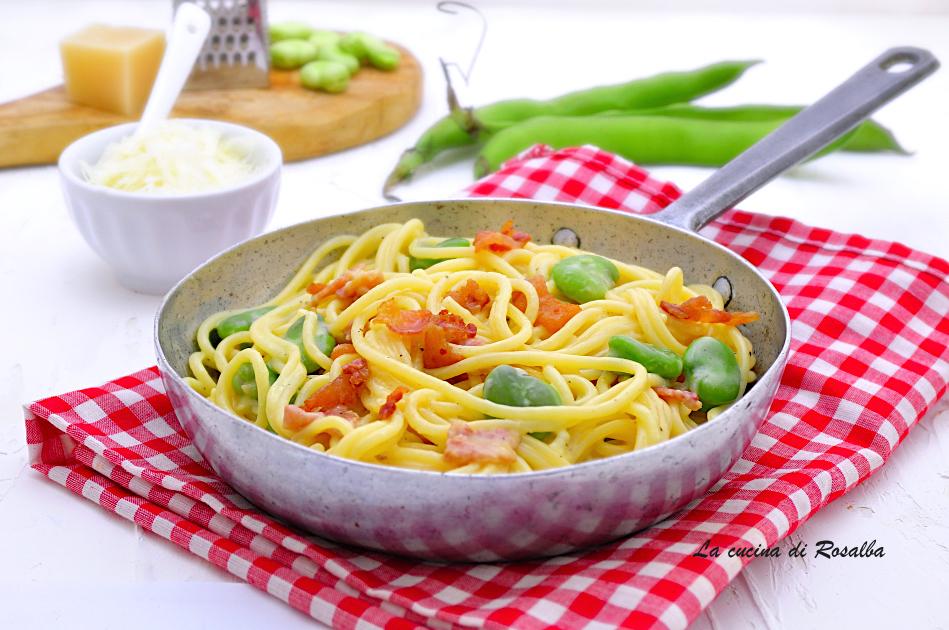 Spaghetti alla carbonara con guanciale, fave e pecorino