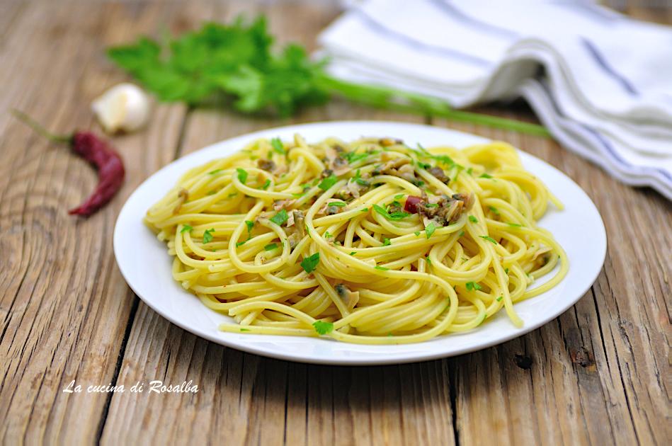 Spaghetti alle vongole sgusciate in vasetto