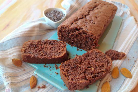 Plumcake mandorle e cioccolato