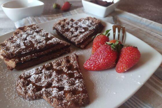 Waffle al cioccolato senza burro e olio