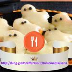 Ricette per Halloween la notte più paurosa di tutto l'anno: fantasmini fritti di zucca gialla.
